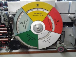 Frequency scale dial