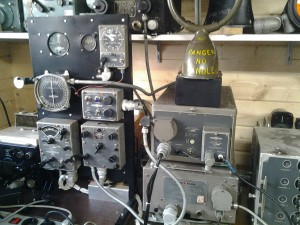A complete Bendix radio directionfinder installation